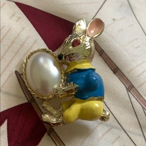 Rare Beatrix White Rabbit pearl brooch signed BJ